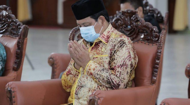 Gubernur Kalsel Pena Emas Sahbirin Noor Paman Birin