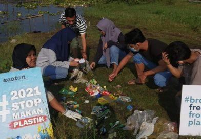 Sampah Plastik Environmental Green Society Kalsel Today.co.id