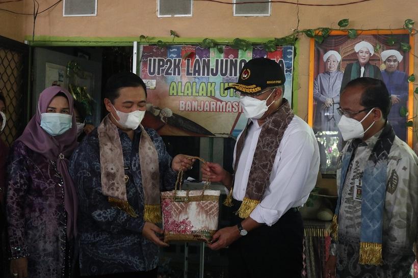 Asman Toga Menko PMK Wali Kota Banjarmasin Muhadjir Effnedy Ibnu Sina